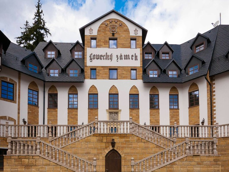 Královský rodinný pobyt na zámku Lužec